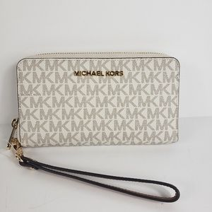Michael Kors Flat Vanilla walletPhone case WALLET